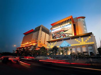 NagaWorld Hotel