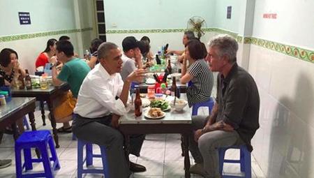 Barack Obama & Chef Anthony Bourdain