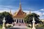 Phnom Penh - Siem Reap Cruise by Toum Tiou