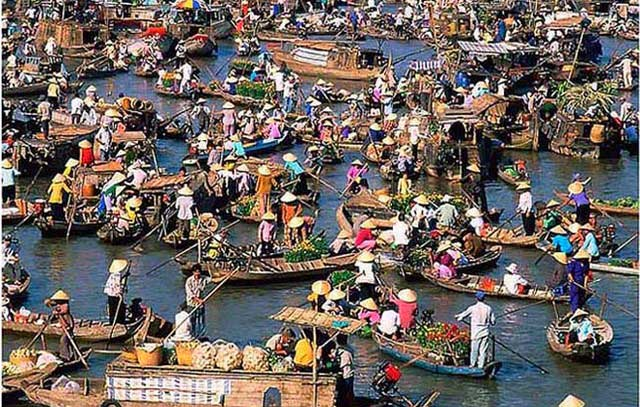 floating market in can tho | can tho maket | beautiful vietnam