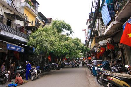 """Hanoi Old Quarter, Hanoi 36 old streets """"Pho Co Ha Noi"""""""
