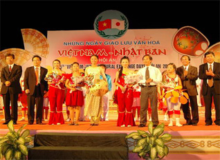 Japan promotes cultural exchanges with Vietnam