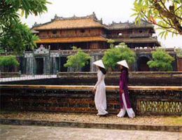 An expansion of international tourism links in Thua Thien - Hue