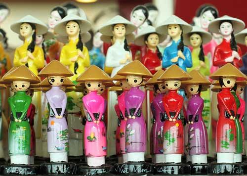 Best 10 Souvenirs From Vietnam Travel Tips Best Of Vietnam