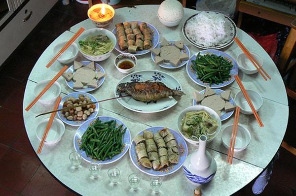 New Year's Eve, Tat Nien