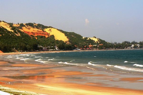 beach in Vietnam for family