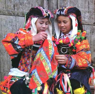 Lolo Marriage Vietnam Tours in Hagiang 1