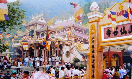 Vietnam traditional Festivals and Event
