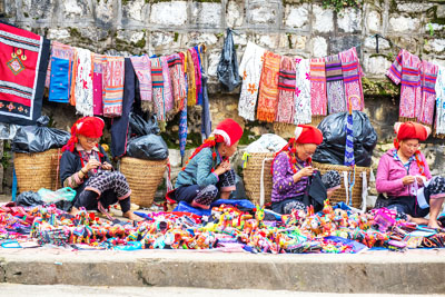 Sapa - Can Cau - Bac Ha Market Tour (start On Friday From Hanoi)