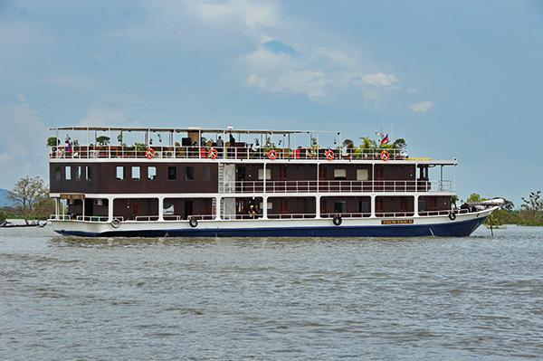 Toum Tiou - Toum Tiou II Cruise