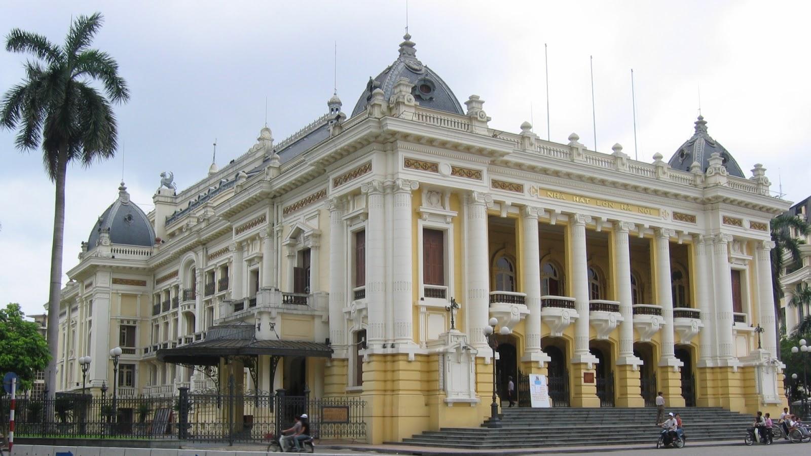Hanoi Opera Tour & Art Program