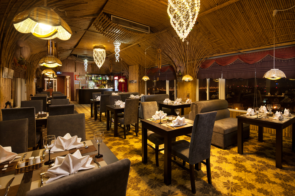 Boss Legend Hotel Restaurant