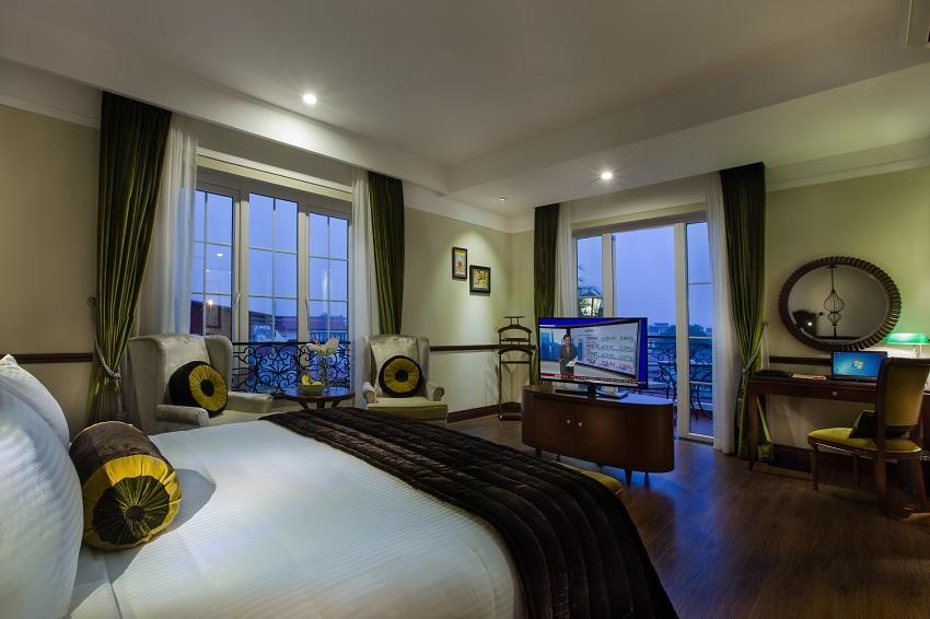 Hanoi La Siesta Hotel & Spa La Siesta Suite room