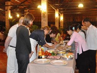 Mekong Lodge 2