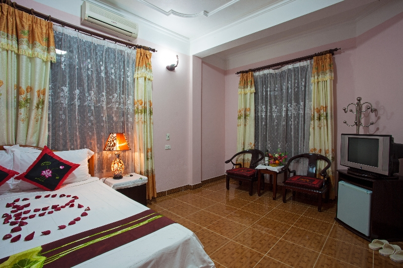 Nam Hoa Hotel Superior room