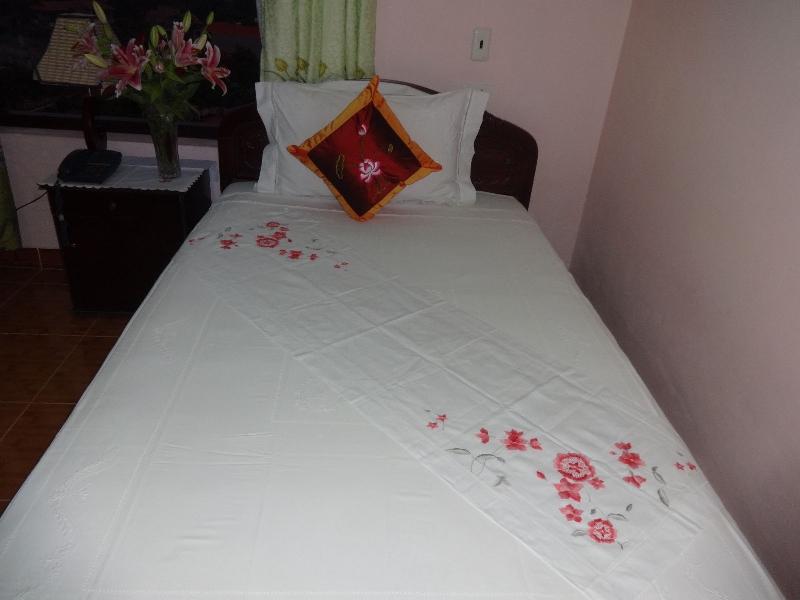 Nam Hoa Hotel Standard roon