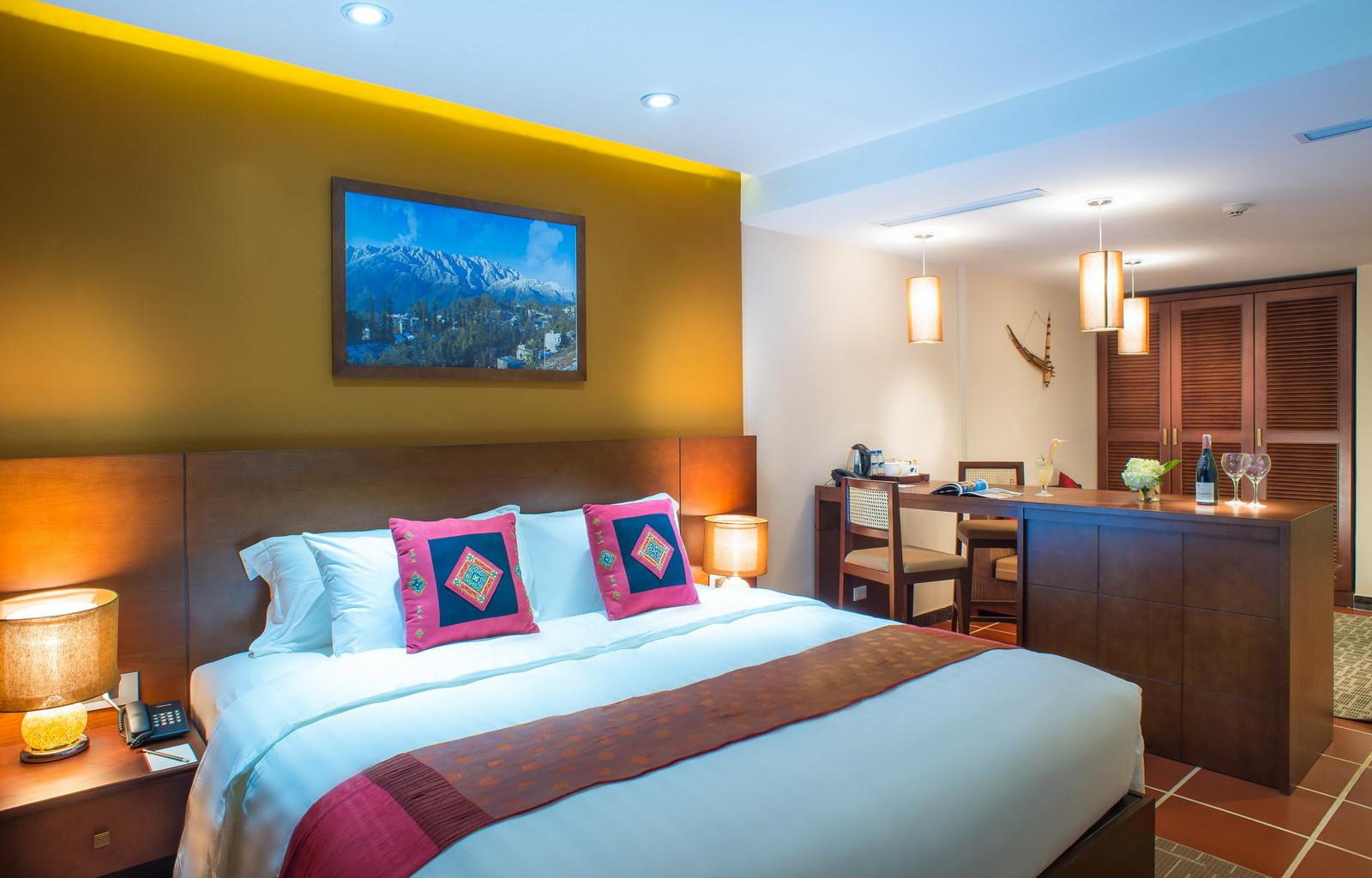 U Sapa Hotel Deluxe room