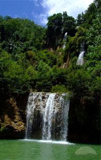 Umpang travel guides, Umpang tours in Thailand