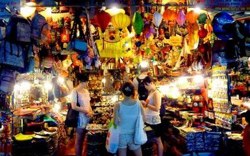 Ben Thanh night market 5