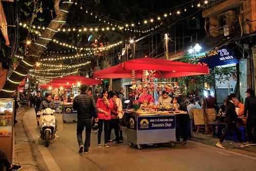 10 Best night markets in Vietnam for tourists | Best of Vietnam