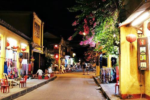 Nguyen Phuc Chu street