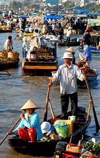 Cai Be travel guides, Cai Be tours, Vietnam travel information.