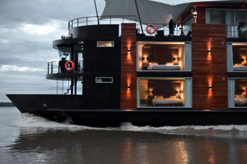 Aqua Mekong Cruise 4 Days 3 Nights