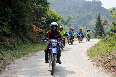 Admire Vietnam's beauty from your motorcycle