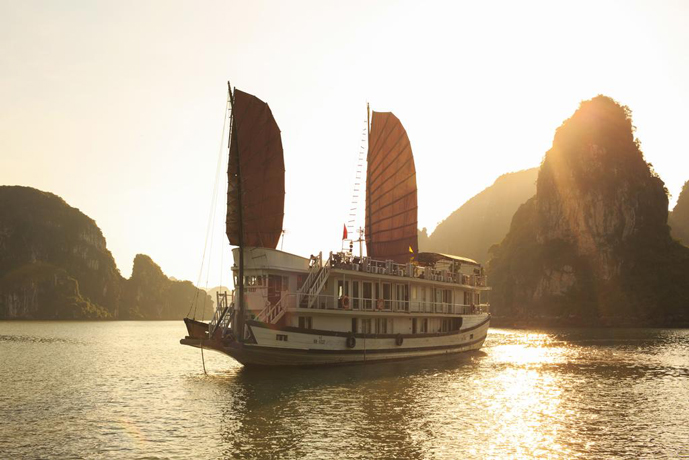 Apricot Cruise – 3 Days 2 Nights