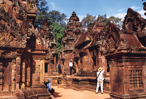 Angkor Wat – Khmer Empire Discovery Tour in 5 Days
