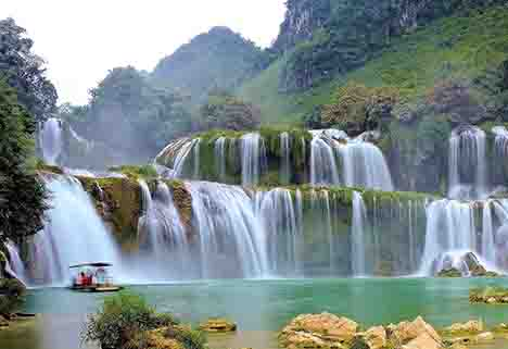 10 Days Northeast Vietnam Adventure Tour