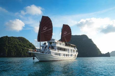 Cruise to Halong Bay