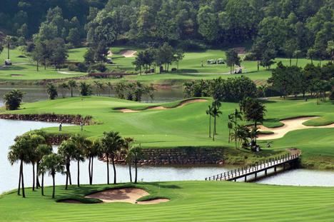 Hanoi Golf Stopover Tour in 3 Days