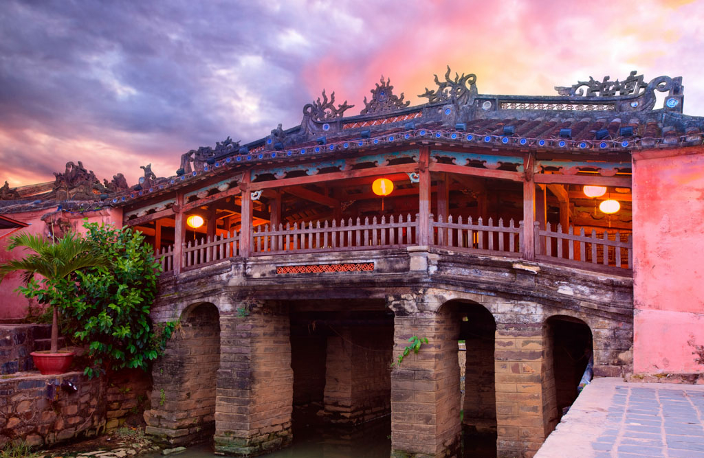 Exotic Honeymoon in Central Vietnam and Cambodia in 8 Days