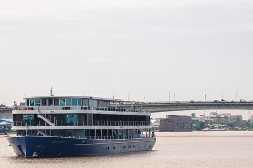 Indochine II Cruise – Phnom Penh – Sai Gon – 6 Days 5 Nights
