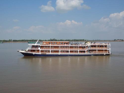 Indochine II Cruise – Sai Gon – Phnom Penh – 6 Days 5 Nights
