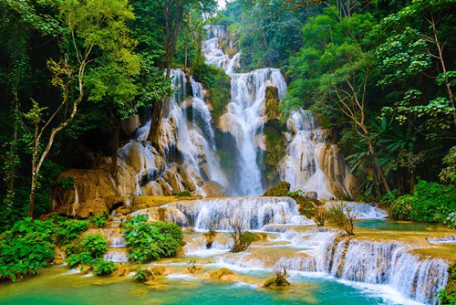 Kuang Si Waterfalls - Laos Travel Guide