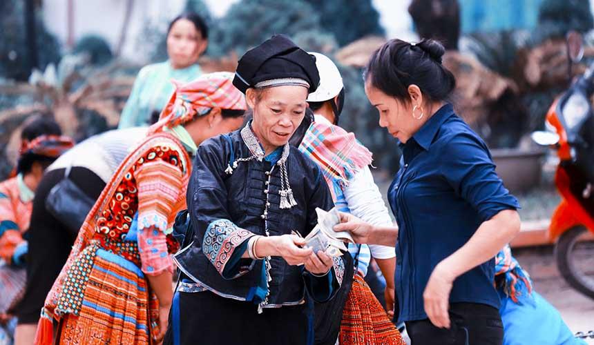 3 Days Cuc Phuong National Park,  Mai Chau Tour