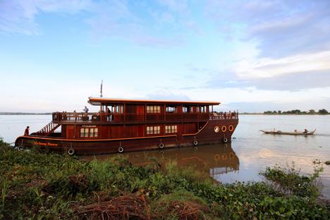 Mekong Dawn Cruise – 3 Days 2 Nights – Option 1: Siem Riep – Phnom Penh
