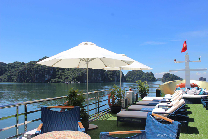 Halong tour on boat