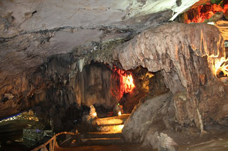 Nhi Thanh Cave