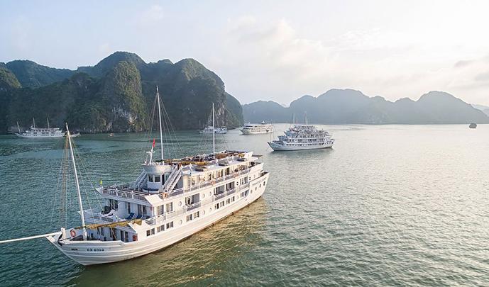 Paradise Luxury Cruises – 3 Days 2 Nights
