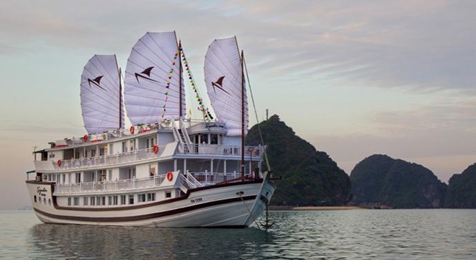 Signature Royal Cruise Halong Tour 2 Days 1 Night - Paradise