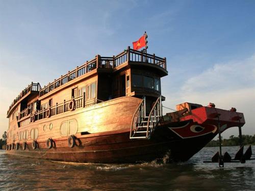 Dragon Eyes River Cruiser – 3 Days 2 Nights – Saigon – Phnom Penh