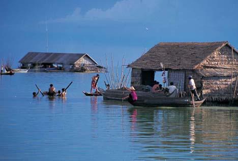 Phnom Penh – Siem Reap Cruise by Toum Tiou