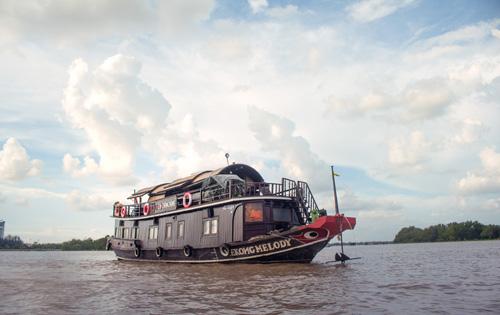Mekong Melody-Along the Mekong River-Upstream